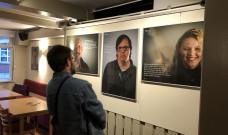 """Online-Führung: Ausstellung """"Gesichter der Demokratie"""""""